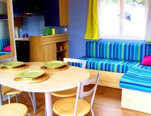 hugehouse-diningroom3